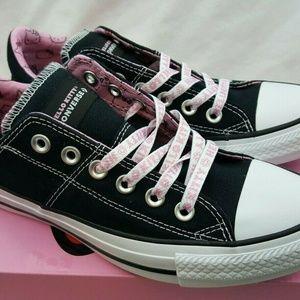 Converse x Hello Kitty Chuck Taylor All Star 6.5